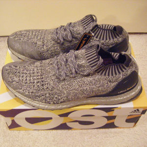 Men's Adidas Ultra Boost Uncaged gray size 10